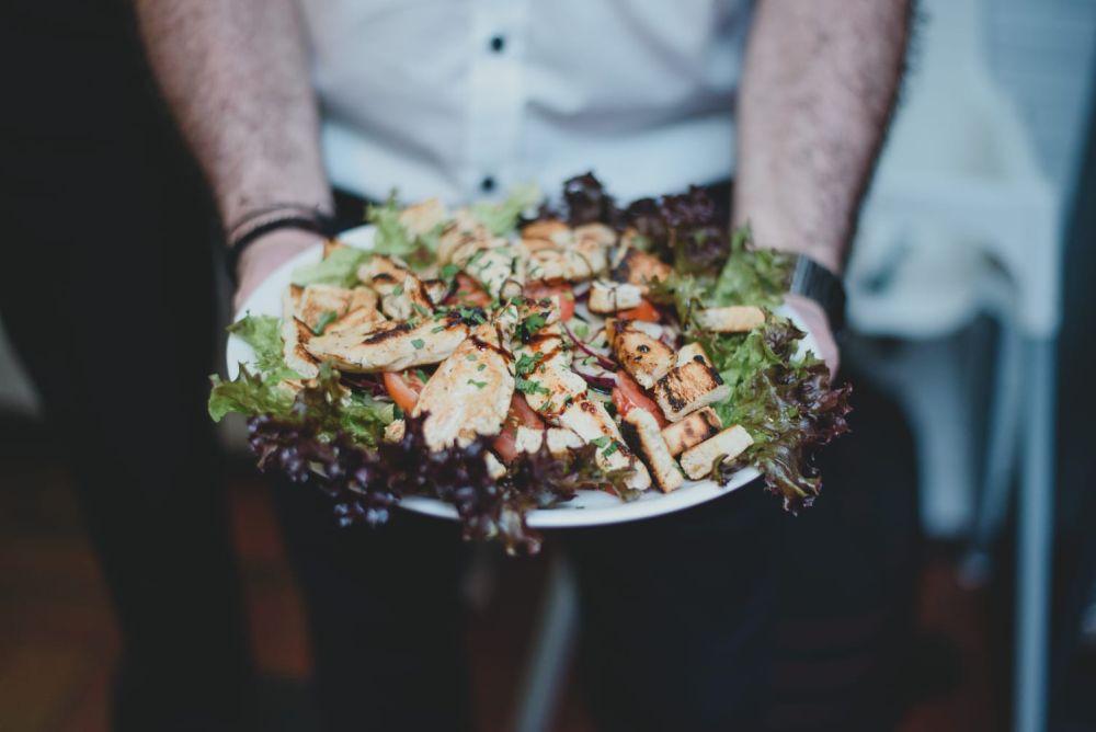 Hier wirst Du garantiert satt - Leckeres essen bei Agapi. Griechisches Restaurant Leverkusen Opladen